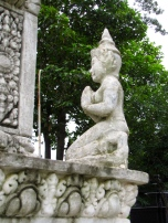 The thevada figure often seen in Buddhist art and architecture, serving as a protector - Wat Champuh Ka'ek, Kandal