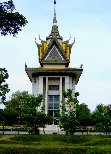 The memorial at Choeung Ek on my April 2008 visit - Choeung Ek, Kandal