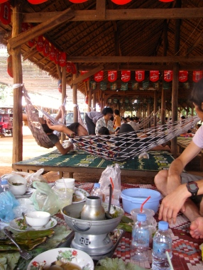 Row upon row of post-lunch relaxation - Phnom Oudong, Kandal