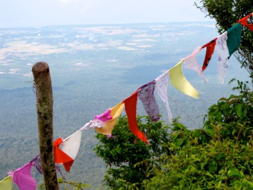 Prints and lace on the edge of the mountain - Phnom Bokor, Kampot