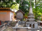 The area surrounding the memorial - Wat Kesararam, Siem Reap