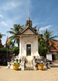 The older, larger memorial - Wat Tmei, Siem Reap
