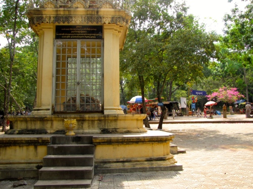 The genocide memorial with the market in the background - Phnom Oudong, Kandal